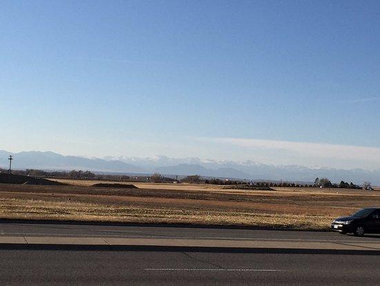 ออโรรา, โคโลราโด: Denver mountain range