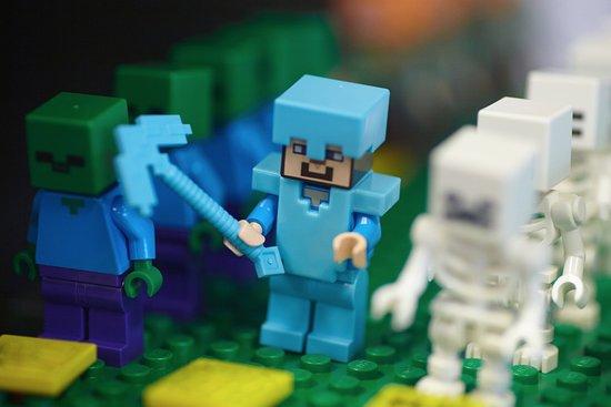 Bricks And Minifigs San Antonio Lego Minecraft Figures Only At Bricks Minifigs