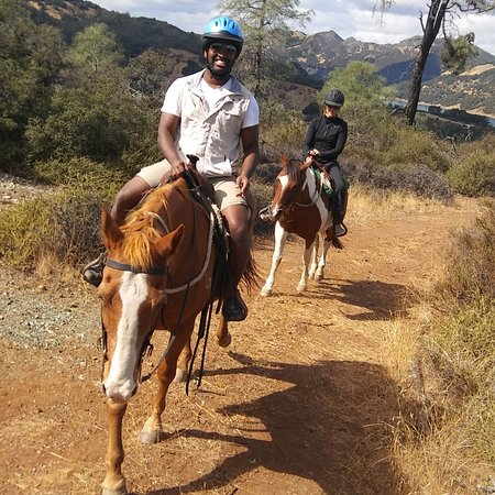 Geyserville, CA: Horseback riding in Sonoma County