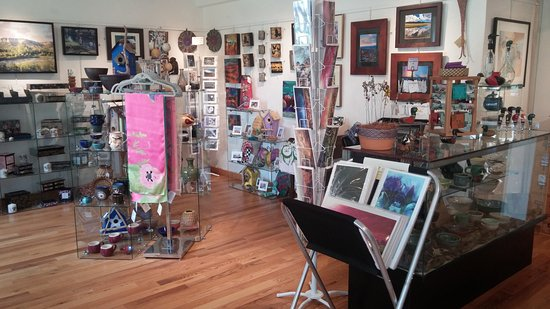 Los Alamos, NM: Unique, handmade art from over 100 local and regional artists in our Gallery Shop