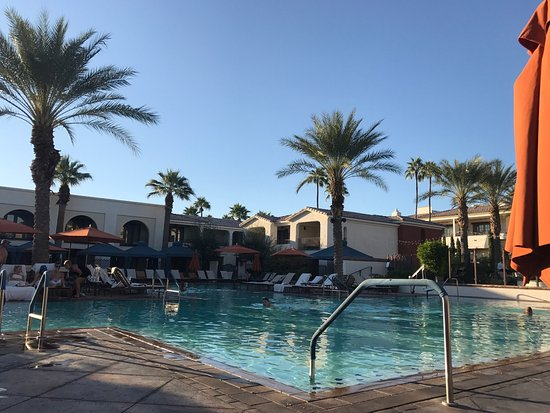 Paradise Valley, AZ: Amazing pool area
