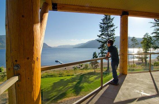 Chase, Canada: Amazing lake views