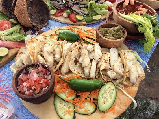 """Agave Restaurant Bar: Televisa """"El Bienamado"""" servicio de Catering para escenas de novela Restaurante Agave."""