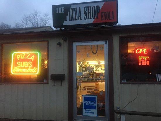 Enola, Pensilvania: Shop