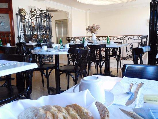 Tepatitlan de Morelos, Mexico: Cafe de Paris Restaurant, Grand Hotel Boutique