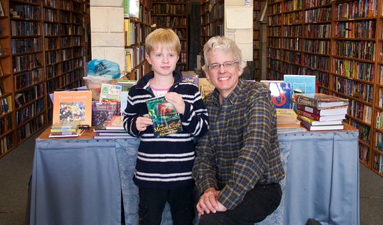 Prince Frederick, MD: A fan from England visiting author Richard Due.