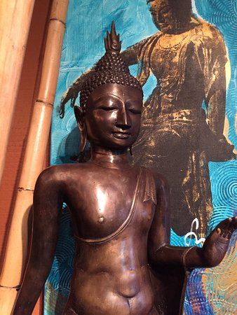 San Anselmo, CA: Asian Statuary & Spiritual Gifts