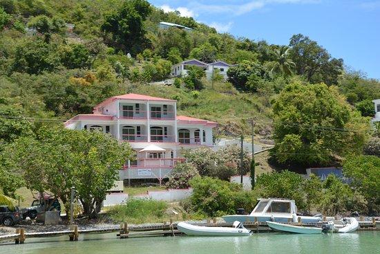 The Sea Crest Inn