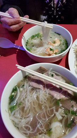 Castro Valley, Kaliforniya: The noodle & prawns small soup & the #13 beef. Neither of us could finish and were full.