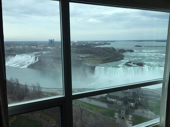 Room view - Picture of Embassy Suites by Hilton Niagara ...