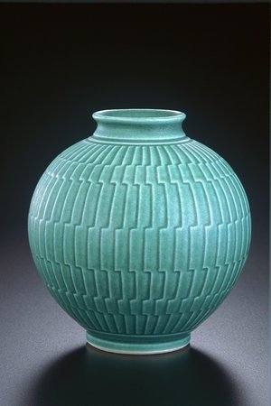 Sebastopol, Калифорния: hand carved vas e porcelain