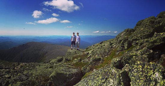 Mount Washington, NH: The boys afar