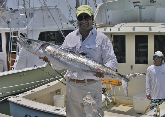 Old hat deep sea fishing charters miami beach fl omd men for Best time to go deep sea fishing in the gulf