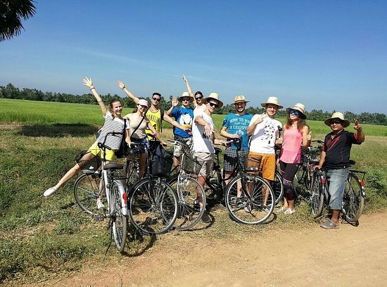 ‪Battambang Bicycle Tour‬