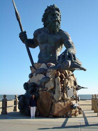 King Neptune Statue On Boardwalk In Virginia Beach