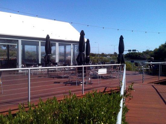 Salisbury, Australia: The outside deck