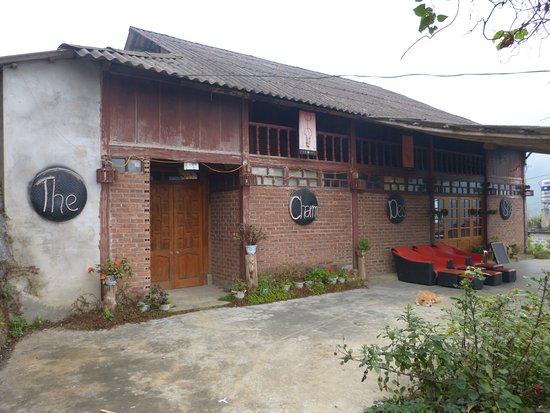 Lao Cai, Vietnam: Well presented