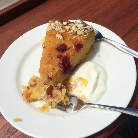 Nelson, New Zealand: Rose and raspberry polenta cake from cafe in gallery