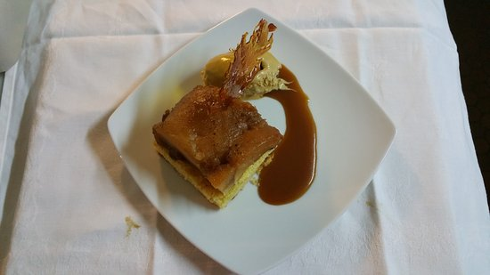 Le Medieval : dessert du chef