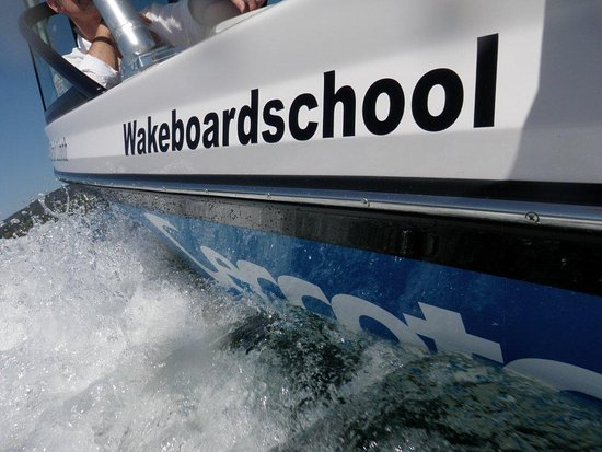 Ceccotorenas Stafa - Wakeboard School