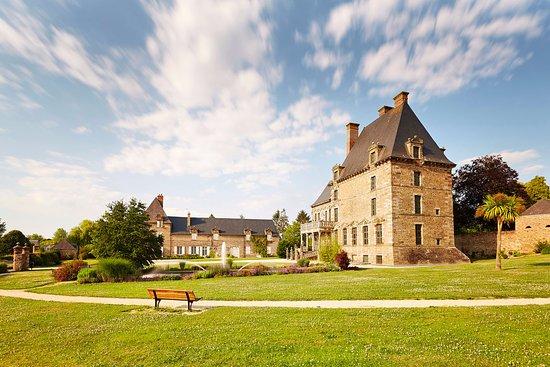 Parc du château des Montgommery de Ducey-les Chéris