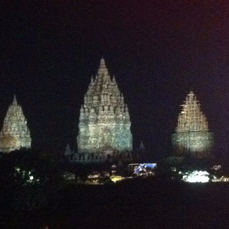 Sleman, Indonesia: The temple became the background of the performance stage