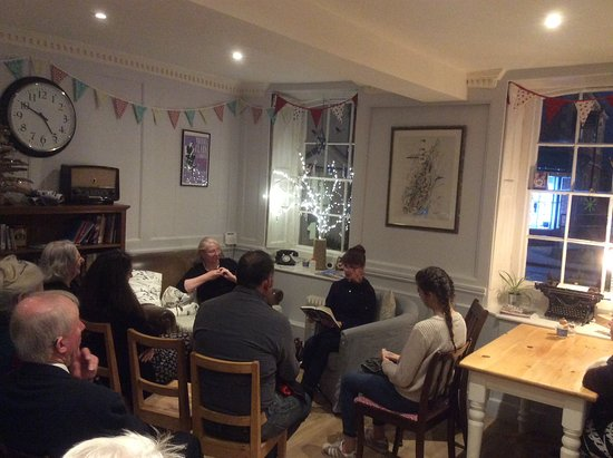 Sturminster Newton, UK: Friends of Sturminster library listening to ghost stories before tucking into a high tea.