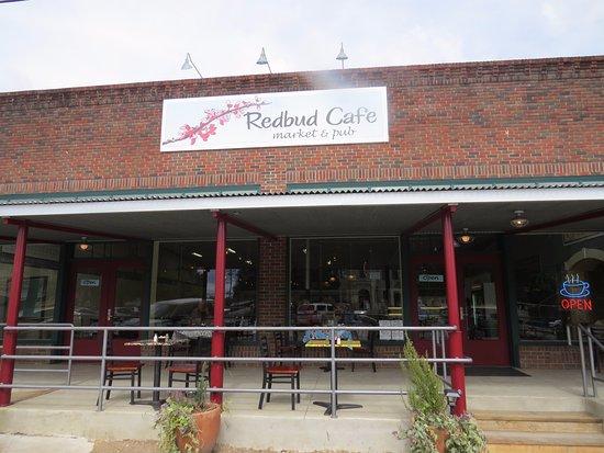 Blanco, TX: Rosebud Cafe & Pub