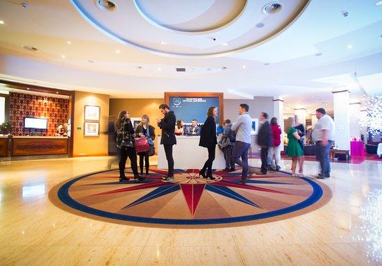 Ballinasloe, ไอร์แลนด์: Front Lobby