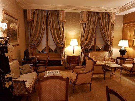 hotel mayfair paris picture of hotel mayfair paris. Black Bedroom Furniture Sets. Home Design Ideas