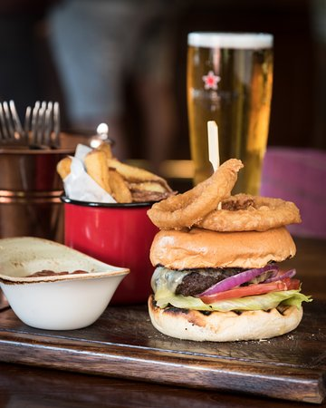 Boat of Garten, UK: Burger and Pint Night