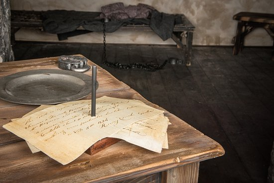 Youghal, Ireland: Gaolers Desk & gaol cell
