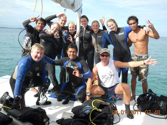 Lapu Lapu, Filipiny: Friends from Denmark