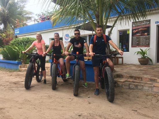 Diversity Scuba Tofo: FatBoy Biking with the crew