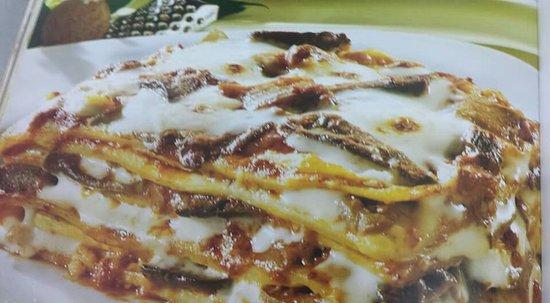 Pratola Peligna, Italia: Lasagna ai funghi porcini