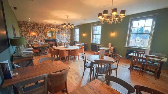 Farnham, UK: The Dining Room