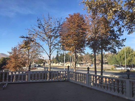 Coskuntuna Hotel: Coşkuntuna Otelimizin bahçesi