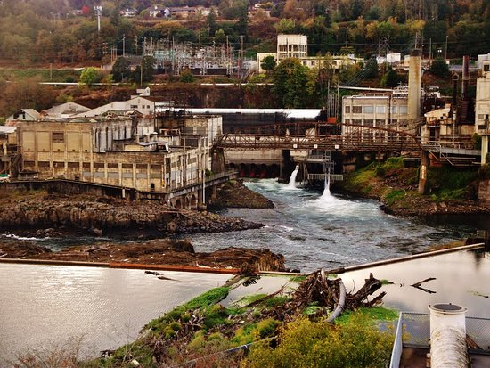 Oregon City, OR: View across to West Lynn side of the Willamette River and old plants