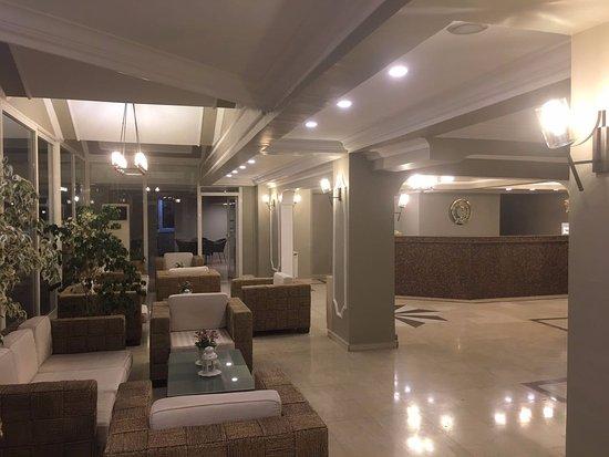 Coskuntuna Hotel: Coşkuntuna Otel Lobi