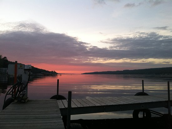 Skaneateles, Estado de Nueva York: Owasco Lake Outfitted Fishing Adventures
