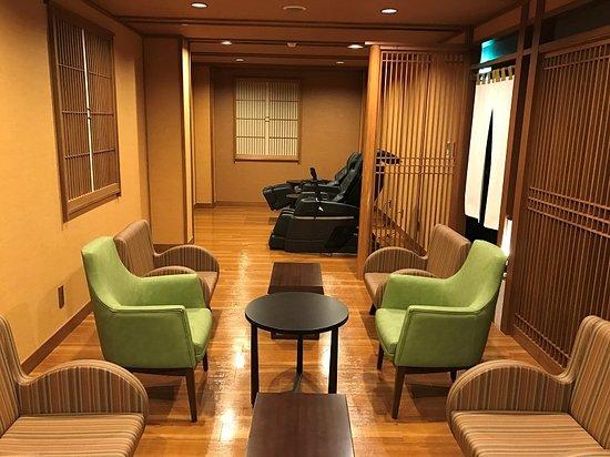 Asahirou : 最上階の風呂の横には休憩室がありました