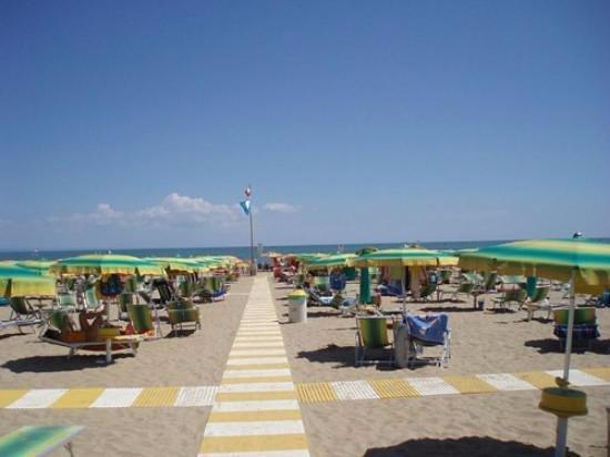 Lignano Sabbiadoro, Italia: spiaggia di Lignano