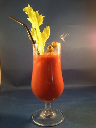 Taplow, UK: The BEST EVER Bloody Mary, over 16 ingredients!