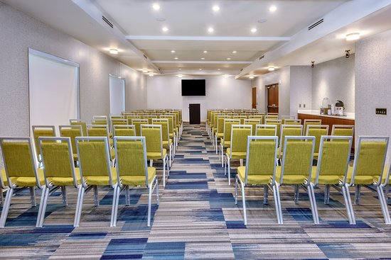 Round Rock, TX: 1200 sq. ft. meeting room set theater style