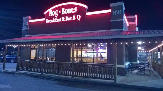 Tifton, GA: Hog N Bones