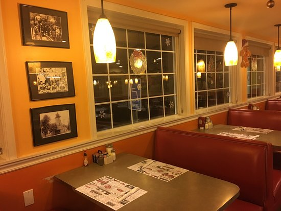 Mountain View Diner: photo7.jpg