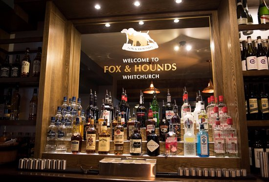 Fox and Hounds Whitchurch: The Bar