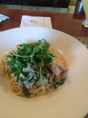 Brewster Fish House: Fantastic, creamy pasta carbonara with salmon