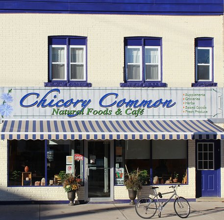 Durham, แคนาดา: Chicory Common - new store facade!