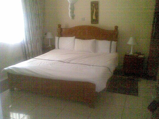 Salima, Malaui: one of thr deluxe rooms